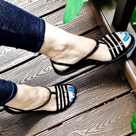 Obrázek pro kategorii Sandály